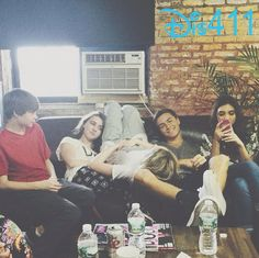 """Throwback Photo: Sabrina Carpenter With Her """"Girl Meets World"""" Family In New York City October 26, 2014"""
