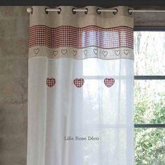 Illuminez votre intérieur avec le rideau voilage brodé de Blanc Mariclo France laissera passer la lumière tout en vous protégeant des regards extérieurs.