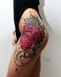 #tattoo #tattooidea #tattoodesign #flowertattoo #neotraditional