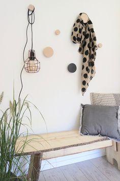 KARWEI | Maak van je saaie wand een functioneel kunstwerk met deze tips.