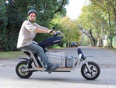 Scooter Design, Motorbike Design, Honda Motors, Honda Bikes, Scooter Bike, Cargo Bike, Mini Bike, Ford Motor Company, Automotive Design