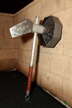 Megaton Hammer replica made by: The-Real-Link