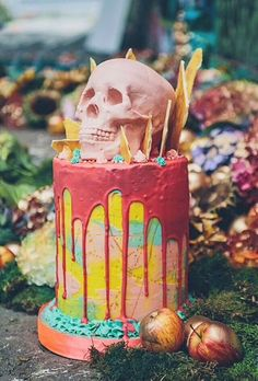 Colourful skull cake from Tattooed Bakers | Misfit Wedding