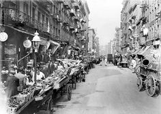 1900-1910 Little Italy, Mulberry Street, (Detroit Pub) by straatis, via Flickr
