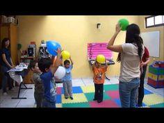 Jugando con Globos - YouTube