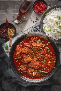 Authentic Lamb Vindaloo Recipe step by step. A traditional fiery red easy Goan mutton vindaloo recip Easy Lamb Recipes, Goat Recipes, Indian Food Recipes, Asian Recipes, Chickpea Recipes, Vegetarian Recipes, Naan, Lamb Dishes, Curry Dishes
