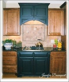 Painting Furniture Ideas - Learn how to transform flea market finds! Ideas from painting kitchen cabinets to fan blades! Kitchen Cabinet Colors, Painting Kitchen Cabinets, Kitchen Redo, Kitchen Remodel, Kitchen Ideas, Kitchen Updates, Kitchen Styling, Cabinet Furniture, Painted Furniture