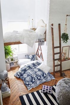 $99 PB Teen Duvet Cover Set In Chains of Baroque Blooms Stand Out In White Bright Against Blue Cotton Ground.
