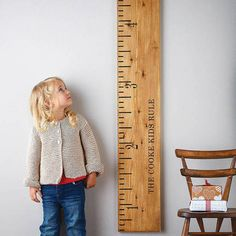'Kids Rule' Wooden Ruler Height Chart Mid Oak.