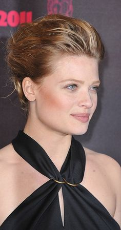 Mélanie Thierry, Actress: The Zero Theorem. Mélanie Thierry was born on July 1981 in Saint-Germain-en-Laye, Yvelines, France. She is an actress, known for The Zero Theorem Babylon A. and Largo Winch Largo Winch, Lusty Lady, Thierry, Hair Trends, Picture Photo, Actors & Actresses, My Photos, Beautiful Women, Glamour