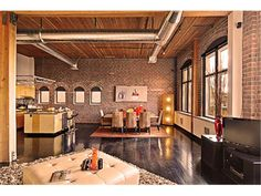 Modern Loft For Rent Seattle | Industrial Loft Conversion, Great Unit, New Price | 81 Vine Lofts ...