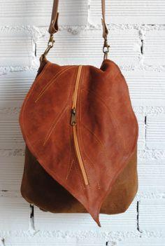 leather bag , leather backpack De Cuir Leather backpack-handbag with leaf flap. leather bag , leather backpack De Cuir Leather backpack-handbag with leaf flap. Purses And Handbags, Leather Handbags, Luxury Handbags, Cheap Handbags, Luxury Purses, Large Handbags, Estilo Hippie, Leather Bags Handmade, Diy Old Leather Bag