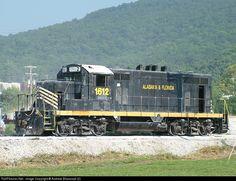 RailPictures.Net Photo: PREX 1612 Pioneer Rail Equipment Leasing (PREX) EMD GP16 at Marble City, Oklahoma by Andrew Blaszczyk (2)