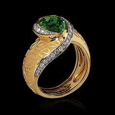 Yellow gold, Tsavirite 2,29 ct., Diamonds Item no: R0187-0/1