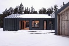 Black colour steel cladding same as roof on house apart from front feature wall and front middle Architecture Site Plan, Architecture Images, Residential Architecture, Steel Cladding, Interior Design Photography, Modern Rustic Homes, Riga, Interior Exterior, Maine House