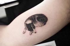 dog #dogtattoo #animaltattoo #blacktattoo #tattoo #tattoos #ink #hongdam #tattooisthongdam #강아지타투 #동물타투 #블랙타투 #타투 #홍담 #타투이스트홍담