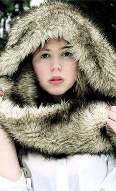 Ladies Women Girl Short Faux Fur PINK Twist Snood Soft Winter Scarf