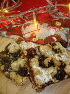 Christmas favourites in la casa Tripepi - spicy fruit mince squares are heavenly with a cup of tea.