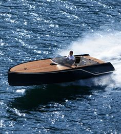 Fauscher 717 GT by Frauscher Boats who has been building some of the most stylish luxury runabouts in the world since Riva Boat, Yacht Boat, Boat Dock, Sailing Boat, Old Boats, Small Boats, Yacht Design, Boat Design, Speed Boats