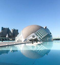 Meinen Valencia Guide findest du am Blog! #valencia #reiseblog #reiseguide Valencia, Madrid, Highlights, Trip Planning, Spain, Instagram Posts, Travel, Toilet, Collage