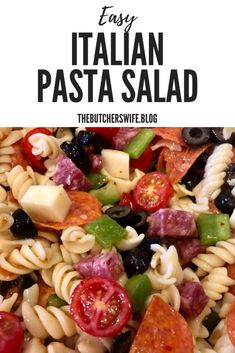 Italian Pasta Salad is a light and fresh salad. It is full of Italian flavor, it is easy to make and a salad that everyone will love! Best Pasta Salad, Pasta Salad Italian, Pasta Salad Recipes, Kid Pasta Salad, Game Salad, Pasta Food, Seafood Pasta, Food Food, Fresco