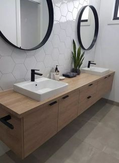 Bathroom Mirror Design, Modern Master Bathroom, Bathroom Fixtures, Bathroom Interior Design, Interior Modern, Bathroom Ideas, Bathroom Organization, Master Bathrooms, Bathroom Designs