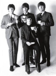 Beatles posam para Whitaker (Foto: Robert Whitaker)