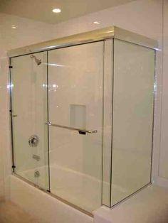 Frameless Sliding Glass Shower Doors for Bathtubs - Decor Ideas Glass Bathroom, Bathroom Medicine Cabinet, Shower Sliding Glass Door, Bathtub Decor, Bathtubs, Decor Ideas, Decorating Ideas, Modern, Bath Ideas