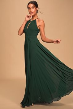 Actions speak louder than words, so let the Lulus Say You Love Me Hunter Green Maxi Dress do the talking! Cute maxi with a faux-wrap skirt and apron neckline. Dresses For Teens, Cute Dresses, Beautiful Dresses, Ball Dresses, Women's Dresses, Dresses Online, Elegant Maxi Dress, Backless Maxi Dresses, Green Maxi