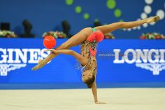 Arina Averina (Russia) won gold in ball finals at World Championships (Pesaro) 2017