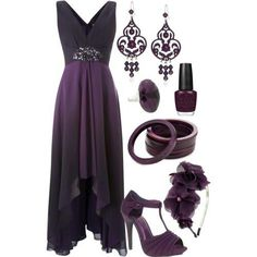 Purple outfit for an elegant evening