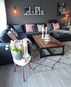 """3,002 gilla-markeringar, 45 kommentarer - Kristin (@kristingronas) på Instagram: """"God lørdagRydder i huset i dag..Regn og trist ute☔#livingroom #kählerdesign #cooee #globo…"""""""