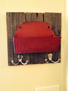 Rustic Vintage Mail and Key Holder