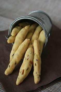 Sablés au cumin et citron confit à la farine de maïs Brunch, Canapes, Cornbread, Donuts, Muffins, Lemon, Potatoes, Banana, Vegetables
