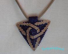 PURPLE TRIANGULAR NECKLACE charms, Free Shipping, Mother's Day Gift, peyote handmade jewelry, miyuki beaded pendant