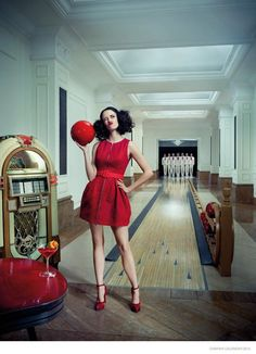 Scarlet Lady Date-Keepers : Campari Calendar