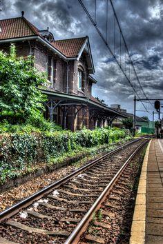 Station Soest, Utrecht. < 1,5´nl (daf) https://de.pinterest.com/santenkraam/born-in-1964-netherlands-europe/