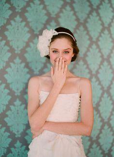 Trendy Wedding, blog idées et inspirations mariage ♥ French Wedding Blog: Voiles et headbands de la mariée : Twigs & Honey 2011