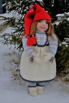 Nålefiltet, needle felted. finner henne på FB, Ann Karin's troll og nisser.  Ca 65 cm høy. Her name is Tyra, Nisse jente. jul