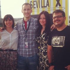 En el Festival de Cine Europeo de Sevilla. Carmen Simón, Dani Zarandieta,Tappy y nuestra diseñadora Alex Llana.   #fashion #film #fashion #eventos #festivaldecineeuropeodesevilla #sevilla #cine