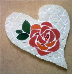 Mosaic rose trivet Mosaic Designs, Mosaic Patterns, Rose Patterns, Mosaic Glass, Mosaic Tiles, Stained Glass, Mosaic Stepping Stones, Mosaic Artwork, Mosaic Flowers
