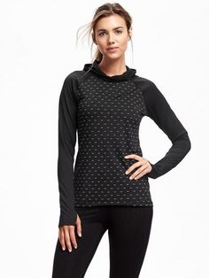 Old Navy Go Warm Performance Pullover Fleece Top For Women Reflective Size L Tall – On new black mini dot Athleisure Trend, Athleisure Fashion, Athleisure Outfits, Gym Fashion, Clothing For Tall Women, Active Wear For Women, Shoes Too Big, Big And Tall Outfits, Petite Women