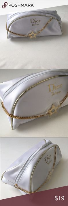 DIOR PARFUMS COSMETIC BAG, NEW DIOR PARFUMS COSMETIC BAG IN WHITE SATIN EXTERIOR WITH A GOLD STAR ⭐️ CHAIN ZIPPER PULL AND WHITE INTERIOR. 10x5x5 Dior Bags Cosmetic Bags & Cases