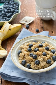 (Sub xylitol for the sugar and maple syrup; use rice milk) Slow Cooker Overnight Quinoa and Oats - wake up to a hearty, healthy breakfast.