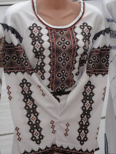 Ukrainian Dress, Embroidered Shirts, Ethno Style, Palestinian Embroidery, Kurti, Cross Stitch, Traditional, Couture, Craft