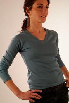 BE013 - Scollo a V donna manica lunga