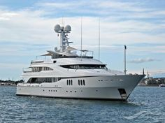 DIAMOND A, type:Yacht, built:1998, GT:1049, http://www.vesselfinder.com/vessels/DIAMOND-A-IMO-1006013-MMSI-319002100