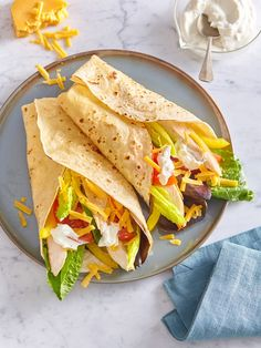 Quesadillas, Tortillas, Dip, Tacos, Food And Drink, Mexican, Ethnic Recipes, Mince Pies, Salsa