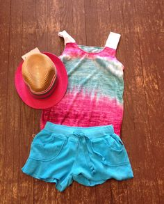 Terry shorts & dip dye shirt.  Don't forget the hat!