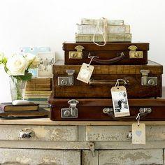 suitcase stacks